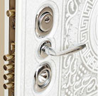 Комплектация дверей Стальная линия замками и фурнитурой